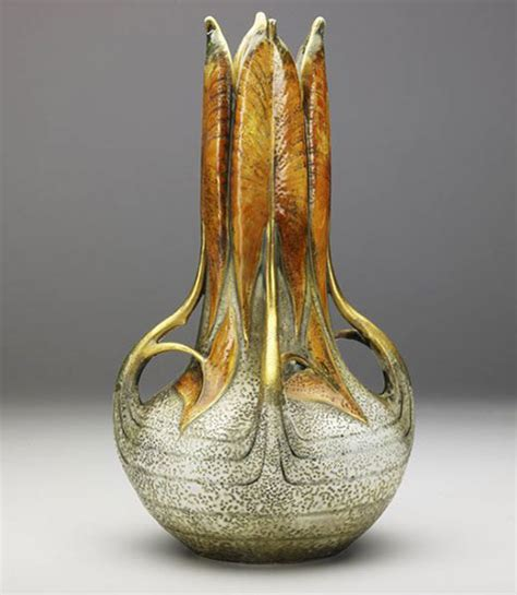 Vase With Water by 475px 547px Vase With Closed Water Leafs Jpg
