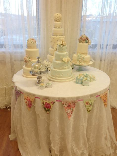 delights nottingham wedding table fondant work cake