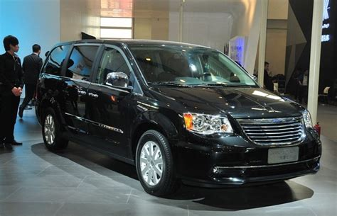 Chrysler China by Chrysler Grand Voyager Comes To China Carnewschina