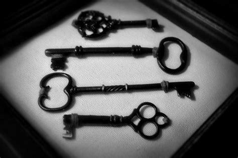 White Black Kets antique black and white key image 207207 on