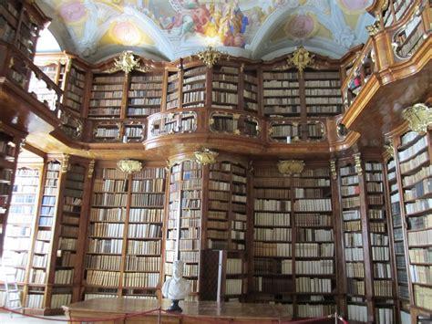librerie pi禮 mondo st florian monastery