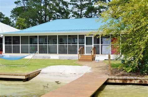 White Lake Cottage Rentals by Lakeside Cottage Vacation Rental White Lake