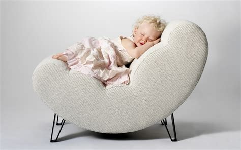baby sleep moving chair baby sleeping on the chair wallpapers 1440x900