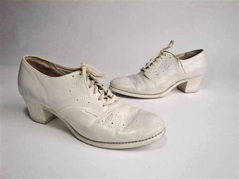 vintage 1940s shoes the oh white perforated oxford