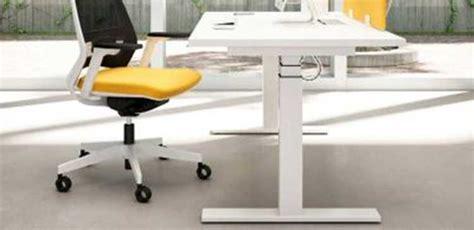 scrivanie regolabili in altezza scrivanie ufficio ufficiostile