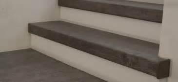 treppen teppich teppich auf einer treppe verlegen