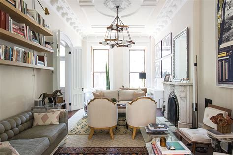 brooklyn living room home tour a brooklyn brownstone room for tuesday