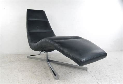 Modern Leather Chaise Lounge Modern Leather Chaise Lounge Swivel Lounge Chair At 1stdibs