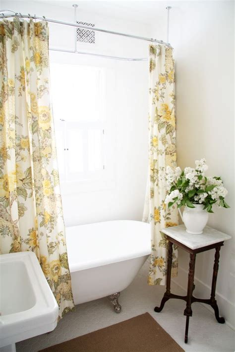 Clawfoot Tub Shower Curtain by Shower Curtain Rod Placement House Ideas Decorating Small White Bathrooms