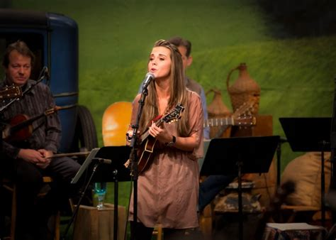 bluegrass today simply bluegrass premieres march 7 bluegrass today