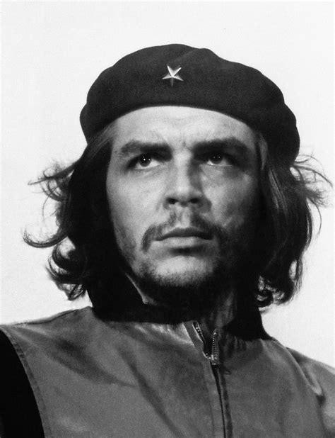 Kaos Chie Guevara Black Edition look at cuban photographer korda s stunning black and