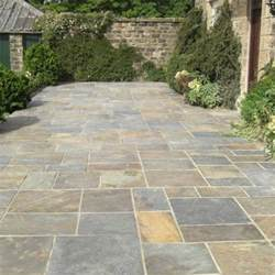 Stone Patio Slabs by 25 Best Ideas About Slate Paving On Pinterest Slate