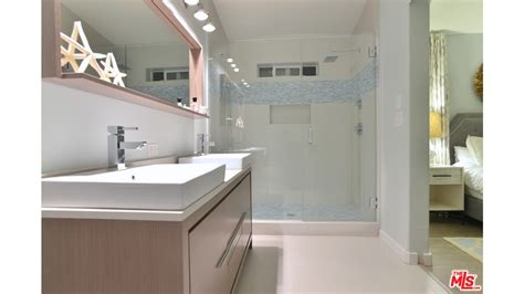 Mobile Home Bathroom Remodeling Ideas Malibu Mobile Home With Lots Of Great Mobile Home Decorating Ideas