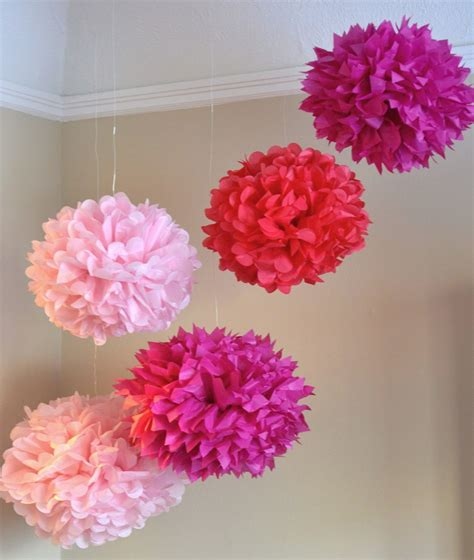 How To Make Small Tissue Paper Pom Poms - seek vintage diy tissue paper pom poms