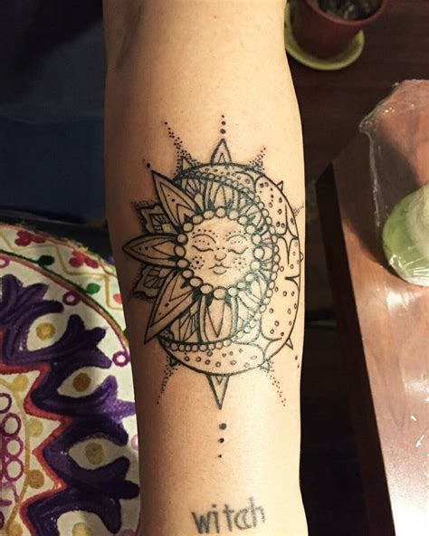 henna tattoo sun meaning 1000 ideas about sun designs on faces
