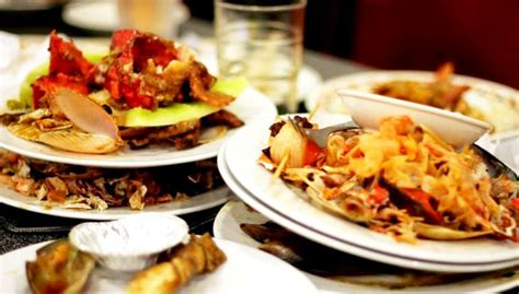 Meja Makan Restoran Malaysia susah sangatkah bersihkan meja lepas makan thai amulets