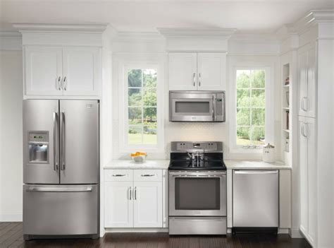 discount kitchen cabinets indianapolis discount kitchen cabinets delaware check out these