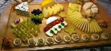 bel paese käse 23 leckere k 228 seplatte mit weintrauben rezepte kochbar de