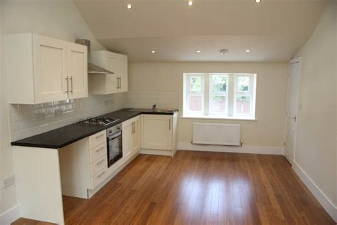 Easy Access Shower Bath 2 bedroom apartment to rent in harmony street milnrow