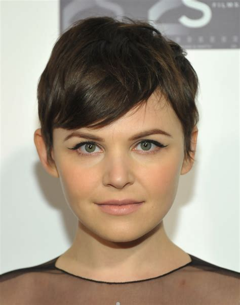 hair shaped around fce perfect pixie haircut for round face shape women hairstyles