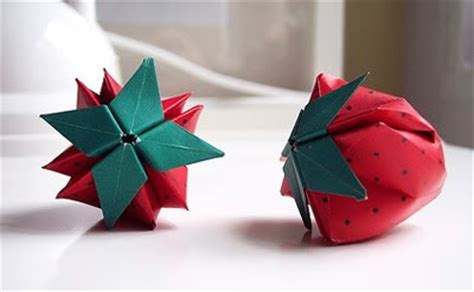 How To Make A Paper Strawberry - how to make strawberries from felt or paper how about orange