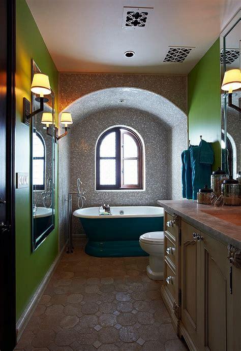 alleinstehende badewanne farbige badewannen ideen f 252 r moderne badezimmer