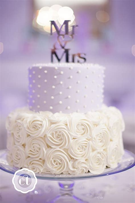 Wedding Cakes Columbia Mo by 25 Best Ideas About Small Wedding Cakes On