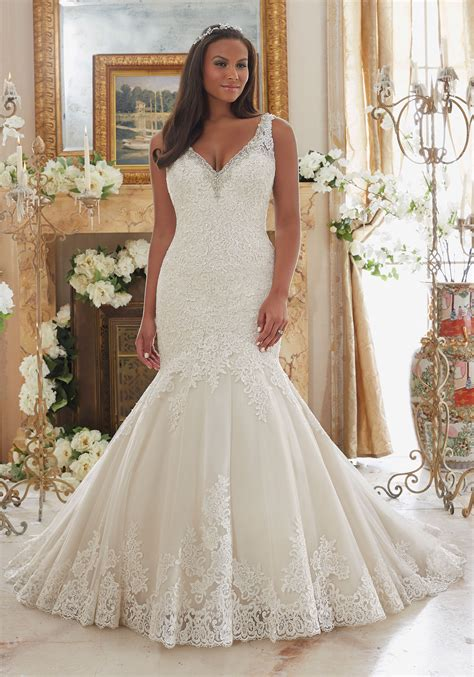 Wedding Dresses Size by Plus Size Wedding Dress With Lace On Tulle Style 3204