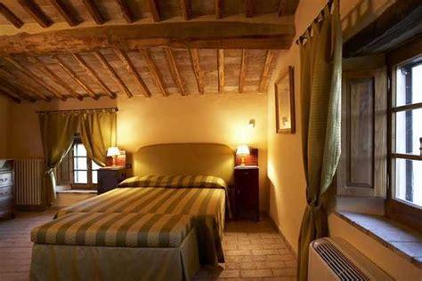 italian style bedroom ideas 22 modern bedroom decorating ideas in italian style
