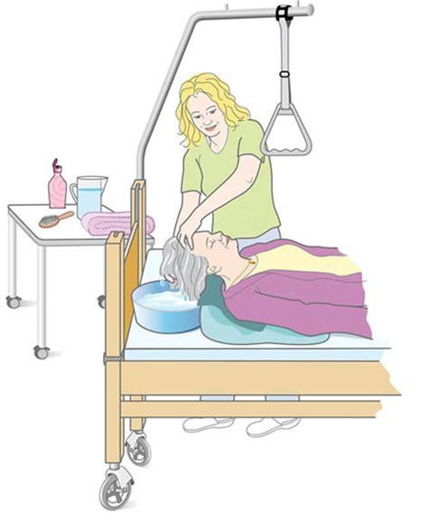 Haare Waschen Im Bett pflege zu hause leicht gemacht haare im bett waschen