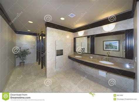 construction bureau salle de toilette de bureau de construction images libres