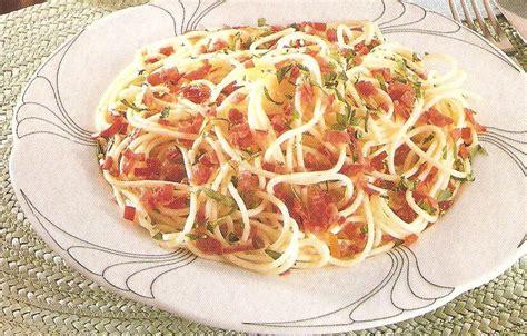 piatti leggeri da cucinare spaghetti sfiziosi cucina semplice