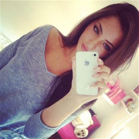 beautiful blue eyes brunette girl selfie live fast die young me en we heart it via tumblr