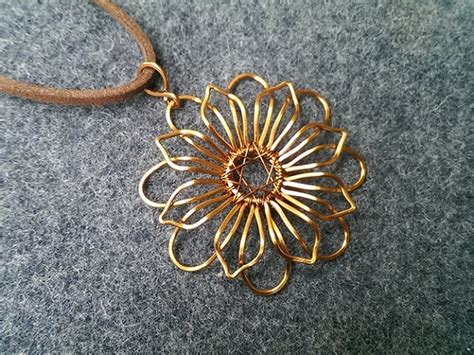 10 Garden Flower Rings Pendants And Earrings by Mandala Flower Pendant How To Make Wire Jewelry 219