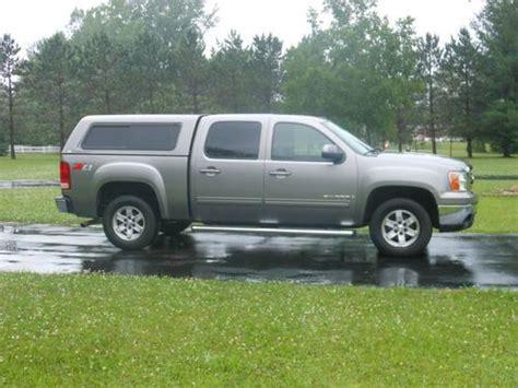 sell   gmc sierra  slt crew cab pickup  door   topper   liner