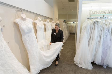 wedding layout sle david s bridal doesn t want to be the walmart of weddings