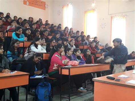 Creative Mba Careers by Seminar On Mba As A Career Option At Daulat Ram College
