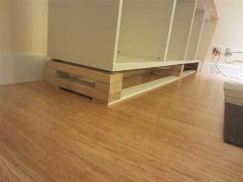 tv cabinet that raises the tv ikea hack 2 besta built in family room tv bookshelf