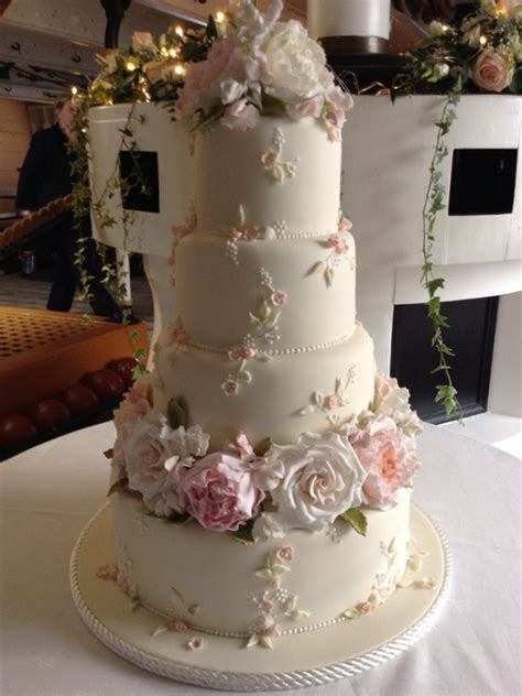 Handcrafted Cakes - wedding cakes archive tartufi cakes