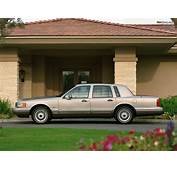 Lincoln Town Car 1990–92 Pictures 1024x768