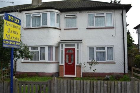 2 Bedroom House To Rent In Hounslow by 2 Bedroom Houses To Rent In Hounslow Borough Rightmove