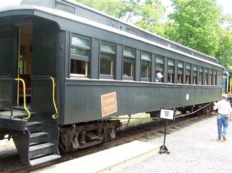 carrozze ferroviarie dismesse 232 in partenza dal 2 176 binario il treno per pagina 65
