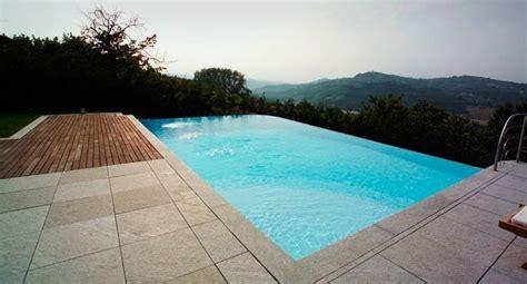 pavimenti piscina scegliere i pavimenti per piscina pavimentazioni ecco