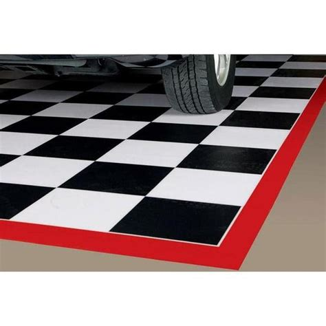 floor    checkered parking pad  red border