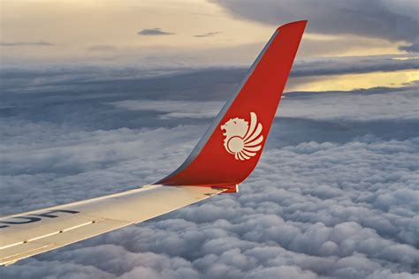 lion air welcomes indonesias first boeing 737 max8