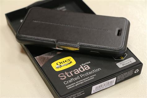iphone  strada leather flip case  otterbox black