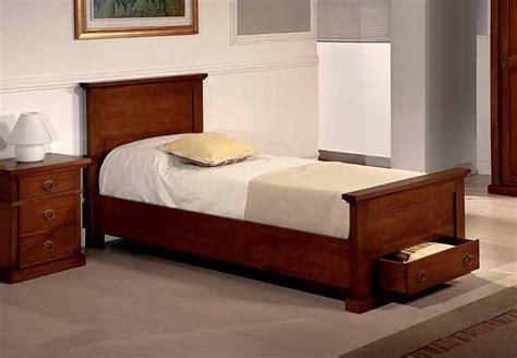 letto singolo in legno letto singolo in legno massiccio