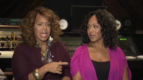 mary mary tv show tina cbell fights rumors that mary mary the justin issue we tv