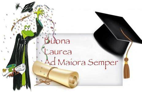 lettere per laurea auguri per la laurea di un amica e amico frasi immagini