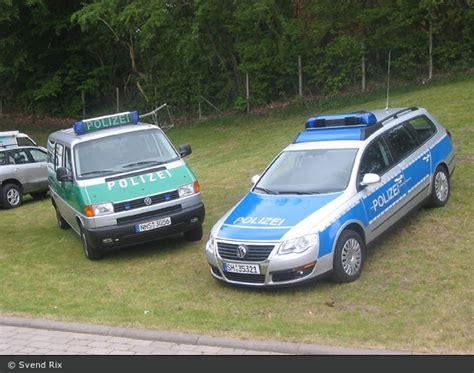 Bewerbungsfrist Polizei Schleswig Holstein Einsatzfahrzeug Sh Polizei Schleswig Holstein Blau Gegen Gr 252 N Bos Fahrzeuge
